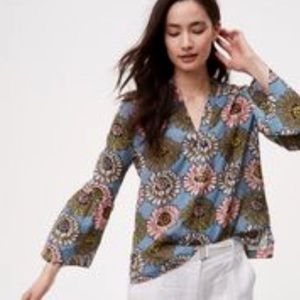 LOFT Softened Bell Sleeve Floral Blouse sz M